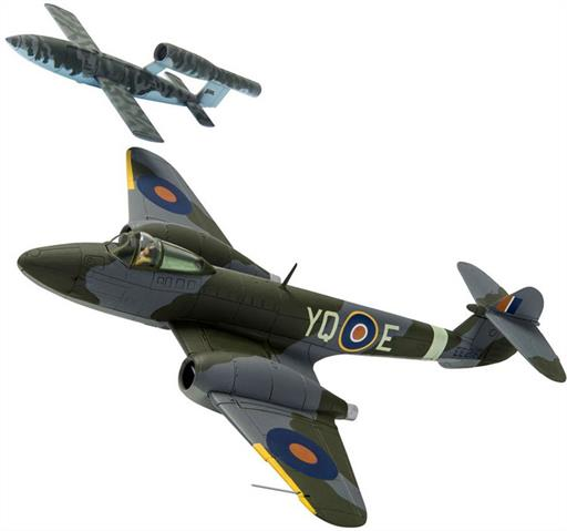 Corgi AA27403 Gloster Meteor F.1 EE216 T.D. Dixie Dean RAF No.616 Sqn and V-1 Doodlebug 1/72