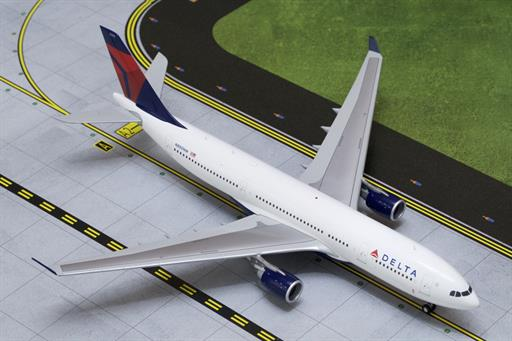 Gemini Jets G2DAL332 Delta Airlines Airbus A330-200 Airliner 1/200