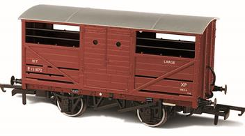 A detailed model of the LNER design cattle wagon painted in British Railways goods bauxite livery.The LNER was slow to adopt steel underframe, so while the design of the cattle wagon followed the style used by the other four major railway companies the LNER examples continued to use wood underframes. This model reflects these details, along with the solid three-part doors with hand access holes, producing an accurate OO gauge replica of the LNER cattle wagon for the first time.
