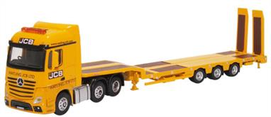 Oxford Diecast 1/76 Mercedes Actros Semi Low Loader JCB 76MB010