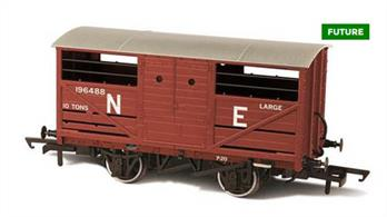 Oxford Rail OR76CAT003 00 Gauge Cattle Wagon LNER 196488A detailed model of the LNER design cattle wagon painted in LNER goods bauxite brown livery.The LNER was slow to adopt steel underframe, so while the design of the cattle wagon followed the style used by the other four major railway companies the LNER examples continued to use wood underframes. This model reflects these details, along with the solid three-part doors with hand access holes, producing an accurate OO gauge replica of the LNER cattle wagon for the first time.