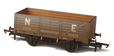 Oxford Rail OR76MW6001W OO Gauge LNER 6 Plank Mineral Wagon Weathered Finish