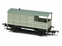 Oxford Rail OR76TOB003 OO Gauge BR Toad 4 Wheel Brake Van - Basingstoke Numbered 35717This model is finished in British Railways grey livery and allocated to Basingstoke, one of the connections between the GWR and Southern networks.