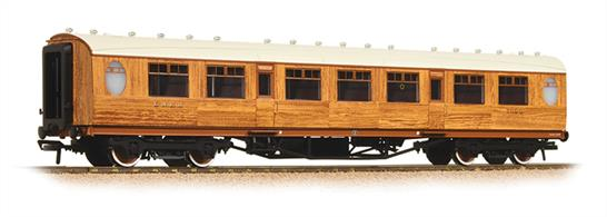 Bachmann Graham Farish N Gauge 376-250 LNER Thompson TK Third Class Corridor Coach LNER Teak FinishNew model range announced 2017.New and detailed models of the final LNER rolling stock style introduced under CME Edward Thompson and continued in service well into the British Railways era.