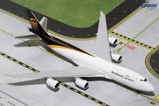 Gemini Jets GJUPS1627 1/400th scale diecast model of a UPS Boeing B747-8F in the New Livery