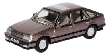 Oxford Diecast 1/76 Vauxhall Cavalier China Blue 76CAV003