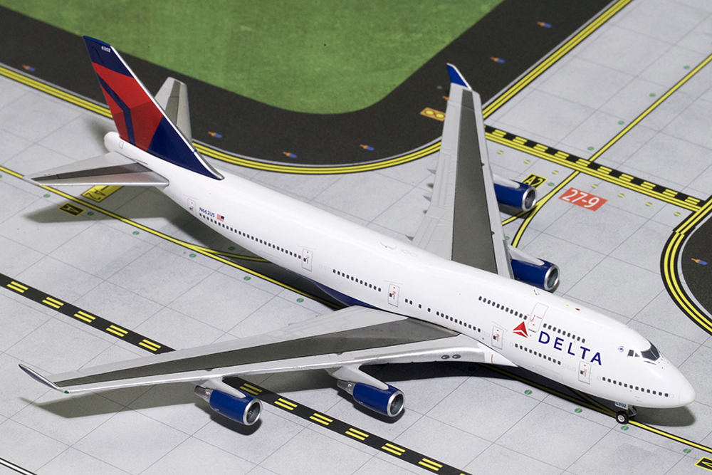 Gemini Jets 1/400 Delta Boeing B747-400 Final Flight N662US Airliner Model GJDAL1640