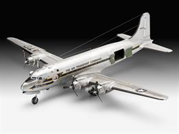 "Revell 1/72 C-54D Berlin Airlift""70th Anniversary 03910Length 401mm Number of Parts 352 Width 497mmGlue and paints are required"