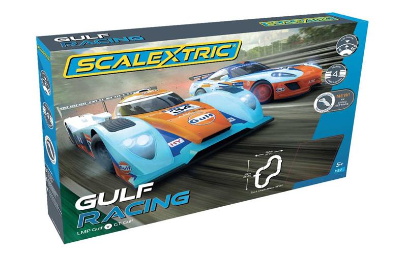 Scalextric 1 32 Gulf Racing Slot Car Set C1384
