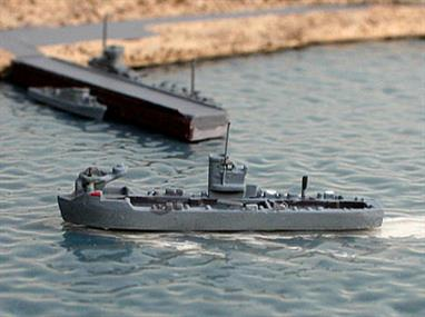 A 1/1250 scale second-hand model of Eidechse landing ship of 1958 by Hansa S43. The model is in very good original condition, see photograph.