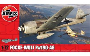 Airfix A01020A 1/72nd German Focke Wulf Fw190A8 WW2 Fighter Aircraft KitNumber of parts 53    Length 125mm    Wingspan 145mm
