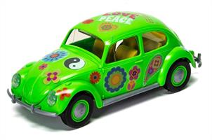 Airfix Quickbuild VW Beetle Flower Power Clip together Block Model J6031Airfix QUICK BUILD is an exciting range of simple, snap together models suitable as an introduction to modelling for kids (ages 5 and up), or as a bit of construction fun for the more experienced modeller.