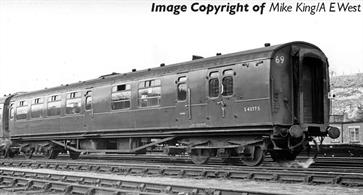 New model of the Bulleid design brake third class coach with 'semi-open' seating arrangements.Pricing to be advised.Era 4-5 1948-1968 (British Railways)