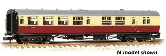 New model of the Bulleid design brake third class coach with 'semi-open' seating arrangements.Pricing to be advised.Era 4 1948-1956 (early British Railways)