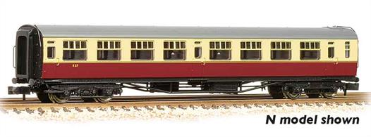 New model of the Bulleid design third class corridor coach.Pricing to be advised.Era 4 1948-1956 (early British Railways)