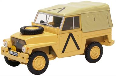 Oxford Diecast 43LRL008 1/43rd Land Rover Lightweight Gulf War
