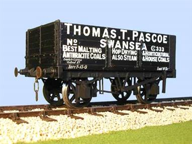 A detailed model kit of a 6 plank open mineral wagon with side and end doors built by the Gloucester Railway Carriage and Wagon Company wagon to the RCH 1887 design with pre-printed sides lettered for Thomas T Pascoe of Swansea.Supplied with metal wheels, 3 link couplings and sprung buffers
