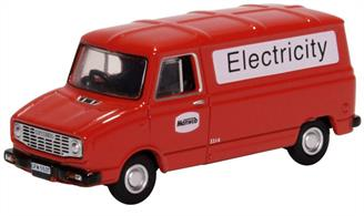 Oxford Diecast 76SHP008 1/76th Leyland Sherpa Van Manweb Electricity