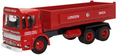 Oxford Diecast 76TIP005 1/76th AEC Ergomatic Tipper London Brick Company