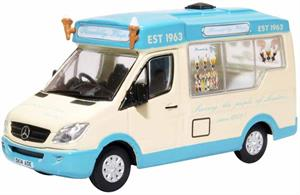 Oxford Diecast 76WM007 1/76th Whitby Mondial Ice Cream Van Piccadilly Whip