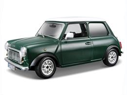 Burago B18-22011 1/24th 1969 Mini Cooper Model