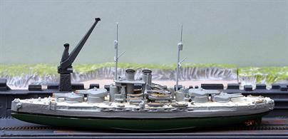 A second-hand model in very good condition. There is an underwater hull in green designed by Trident to fit under models of the Tegetthoff class Dreadnought Battleships T1298a included with this model.