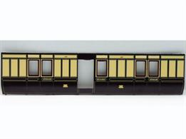 Slaters O gauge 4 wheel GWR coach kits now available with pre-painted sides finished in the GWR 1880-1908 panelled style with GWR cypher.A detailed model kit constructing a replica of the GWR diagram V5 4-wheeled luggage and guards brake coach. These vans were usually used as through luggage and mail vans attached to trains for onward despatch, but could also be used as stand-in guards brake vans on 'mixed' trains conveying goods wagons behind the passenger coaches.Supplied with metal wheels, screw couplings and sprung buffers