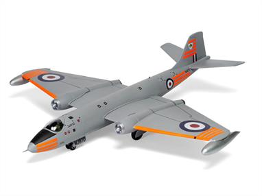 Airfix A10101C 1/48th English Electric Canberra 231 Squadron OCU RAF 1971 kitNumber of Parts 182  Length 416mm   Wingspan 406mm