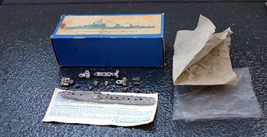 A 1/1250 scale unbuilt, second-hand, white metal kit of a Type 1945 German destroyer sketch 1936 D and E. This kit is unmade but all parts are present in the original box, see photograph.