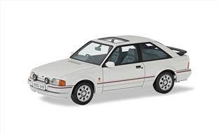 Corgi Vanguard VA14300 1/43rd Ford Escort Mk4 XR3i Diamond White