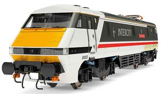 New tool model of the BR class 91 electric locomotives.Model finished as BR InterCity 91002 Durham Cathedral finished in the popular Swallow livery.