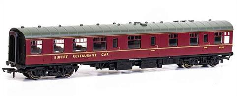 New tool model of the BR Mk1 RB Restaurant Buffet W1739.These coaches had a large kitchen able to provide full meal service.