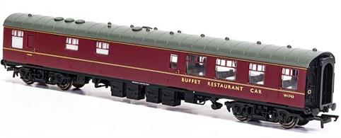 New tool model of the BR Mk1 RB Restaurant Buffet W1743.These coaches had a large kitchen able to provide full meal service.