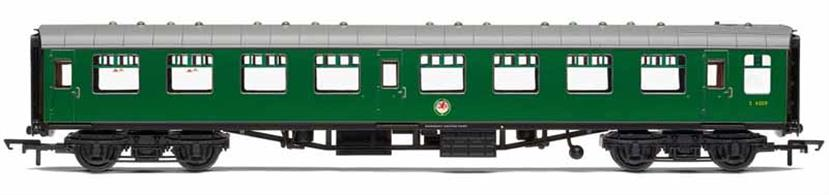 Model of British Railways TSO second class open plan seating coach S4009 finished in Southern region green livery.TSO coaches had 2+2 seating arranged around tables, making them increasingly popular for families travelling together through the 1950s and 60s.