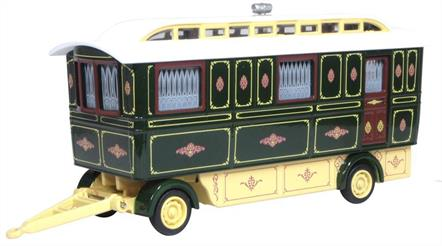 Oxford Diecast 76SCV002 1/76th Showmans Caravan Green