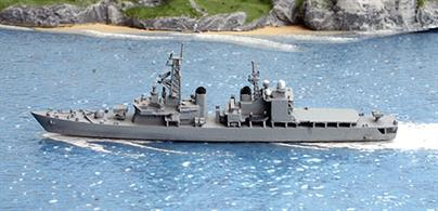A 1/1250 scale second-hand model of JMSDF Asagiri, a guided missile destroyer from 1988 by Hai 291. This model is in excellent original condition in overall light grey, see photograph.