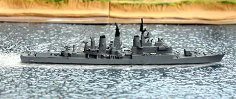 A 1/1250 scale second-hand model of the Italian guided missile destroyer Intrepido made by Hai174. This model is in very good condition in light grey, see photograph.
