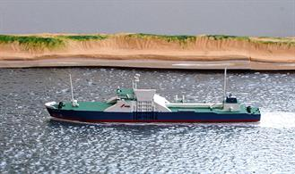 A 1/1250 scale metal waterline model of Hakuryu Maru, a Ro/Ro steel car carrier from 1991 by HB Models HB/C-56