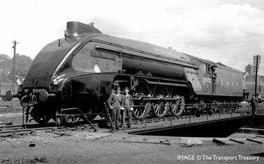 Unlike its predecessors, 2003 'Lord President' started life as a streamlined locomotive, borrowing from the design used on Gresley's A4 locomotives, although this streamlining only applied to the front of the locomotive and did not continue past the smokebox and cylinders in a bid to ease access for maintenance. The locomotive was allocated to the Haymarket Shed before being transferred to Dundee in September 1936 where it stayed until October 1942. No. 2003 was the last P2 to be rebuilt as an A2/2. The engine entered the works in September 1944 and rebuilding was completed in December.