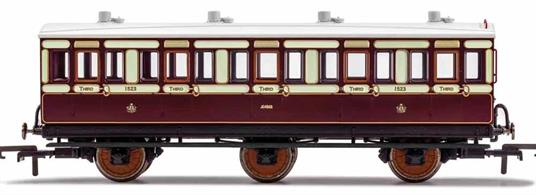 This four wheeled coach is a representation of the many which served on the London and North Western Railway (LNWR) in the late 19th and early 20th century. Four wheeled coaches proved especially good at branch line work where their small size enabled the traversing of tight radius curves, whilst lower passenger numbers meant their small size was more acceptable and enabled trains to be hauled by smaller engines.This LNWR coach is modelled as having step boards to enable access at stations with low platforms and oil lamp lighting.