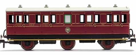 This six wheeled coach is a representation of the many which served on the North British Railway (NBR) in the late 19th and early 20th century. Small coaches such as this six wheeled coach proved especially good at branch line work where their small size enabled the traversing of tight radius curves, whilst lower passenger numbers meant their small size was more acceptable and enabled trains to be hauled by smaller engines.This NBR coach is modelled as having step boards to enable access at stations with low platforms and gas lamp lighting.