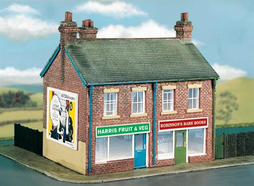 Wills Kits CK18 Semi Detached Shops Craftsman Kit OO