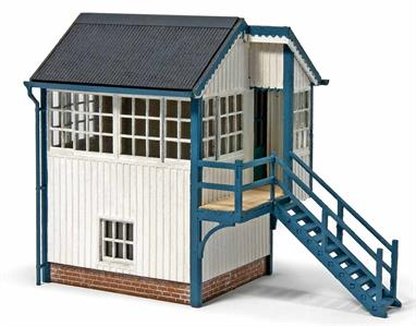 Based on the signal box situated at Helmsdale station on the Far North Line in Scotland this new kit is a combination of laser-cut wooden parts and plastic-injection mouldings. Full assembly instructions are provided for this easy to assemble kit. Including the stairs the finished model's footprint is 90 x 40mm.