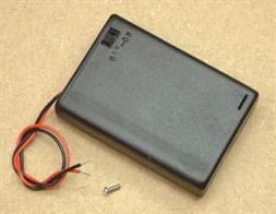 Enclosed battery box with wired in fly lead and on/off switch for 3 x AA size batteries.