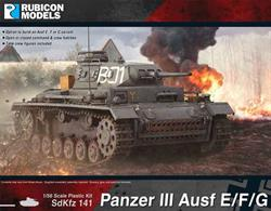 Detailed model kit for the German SdKfz141 Panzer III light tank with options to build Ausf E, F or G variants.Optional parts are supplied to model open or closed hatches and tank crew figures are included.