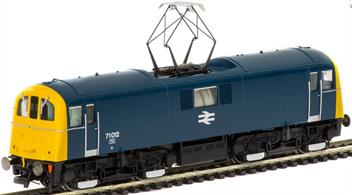 Hornby R3374 OO Gauge BR 71012 Class 71 Southern Region Bo-Bo Electric Locomotive BR BlueFeatures of the DCC Ready Hornby model include:5 pole skew wound motor with double flywheel dual bogie driveWorking pantographSprung buffersRemovable front valance panelAccurate running light modesChangeable headcodesCab lighting