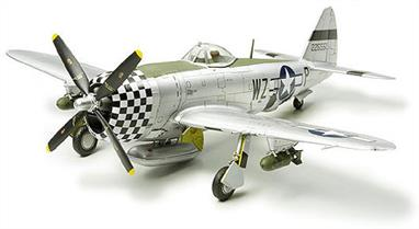 "Tamiya 1/72 Republic P-47D Thunderbolt Bubbletop WW2 American Fighter 60770Following the successful release of the P-47D ""Razorback"", Tamiya now introduces its successor, the ""Bubbletop"" to the 1/72 scale War Bird Collection. At just 153mm it is the perfect size for collecting. Fuselage and canopy designed with all new parts to accurately represent bulky size. Loads of accessories including 500 pound bombs and M10 rocket launchers. Decals for 2 types of markings, including the 8th Air Force, 78th Fighter Group.Glue and paints are required t"