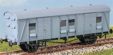 This BR built wagon (diagram 3101) had plywood body sides but had timber doors for extra strength as with the SR version. 150 were built between 1951 and 1955. Withdrawal took place in the early 1980s. These finely moulded plastic wagon kits come complete with pin point axle wheels and bearings.Glue and paints are required to assemble and complete the model (not included)