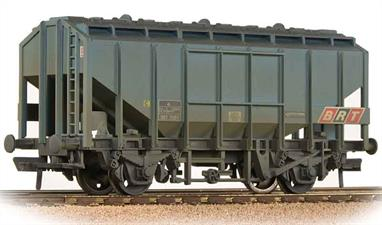 Model of the later bulk brain wagons initially associated closely with the Scottish whiskey distilleries.This model is finished in blue livery and represents a wagon in the last phase of their lives when used for bulk alumina traffic, replacing vacuum braked COVHOP wagons.
