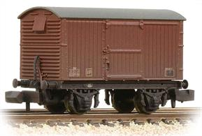 A new model of the LNER design ventilated box van with sliding doors.This model is painted in the later shade of BR goods bauxite colour.